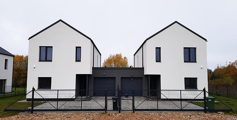 Modernus Dvibutis Namas Kotedzai Vilniuje Dvislaitis Stogas Garazas 01